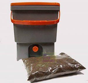 Composteur de cuisine BIOBOX 20L, livré avec 1 kg d activateur bio ( BIO MW Formule concentrée +) compost sans odeurs, sans vers de terre... de la marque Green Innovation image 0 produit