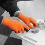Gants de protection de couleur orange jetables - 100 en boîte de la marque Bodyguards image 1 produit