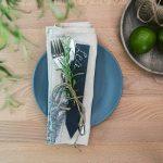 Navaris Set de 10 étiquettes en ardoise - pour plantes taille M - Matériel jardinage signets inscriptibles 20 x 3cm pour jardin ou balcon avec craie de la marque Navaris image 1 produit